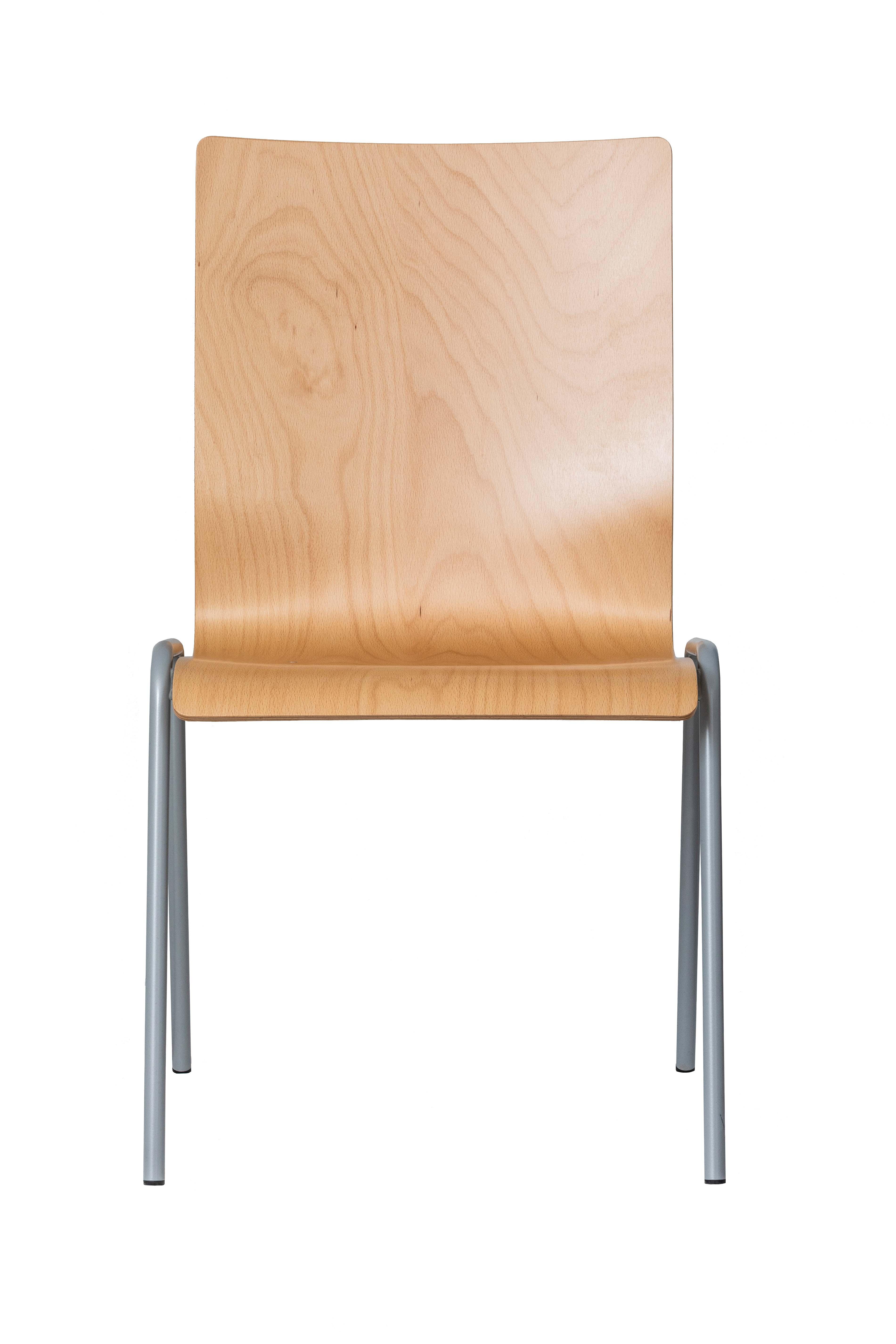 Bisley Holzformschalenstuhl, Gestellform E, Rundrohr 18/2 mm, pulverbeschichtet schwarz; Schalenform 4, Buche-Schichtholz 9-lagig, naturlackiert; Maße: H 865 x B 520 x T 550 mm